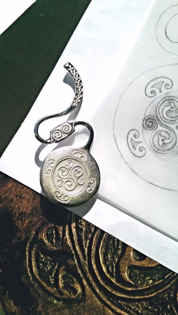 Bronze Dress Fastner Brooch Jewellery Blog